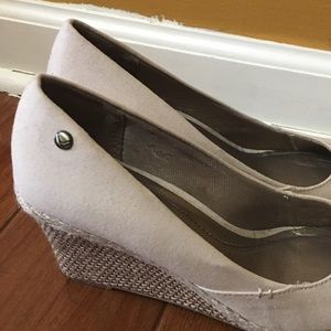 Shoes - Lifestride wedges. Never worn.